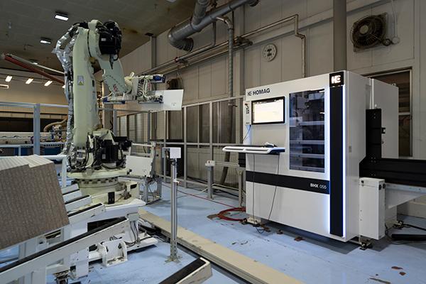 Vertical CNC machine